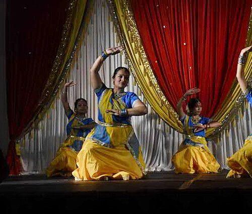 Gurudev1-7-11-14-5910-DDeRosaPhoto