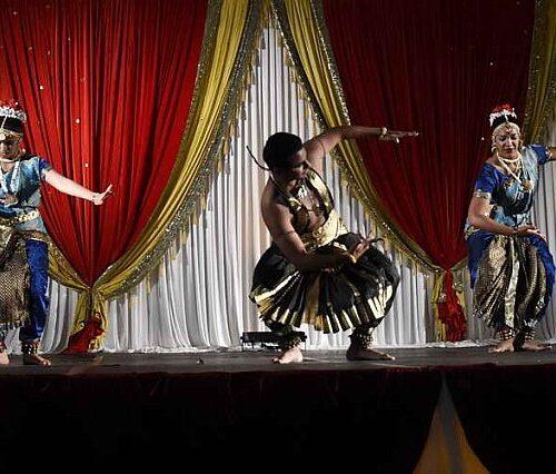 Gurudev1-7-11-14-6279-DDeRosaPhoto